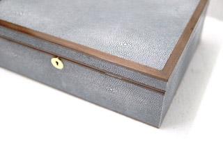 Jewellery box shagreen detail