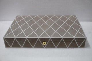 flat jewellery box