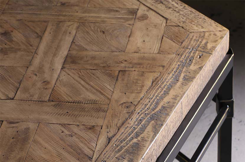 reclaimed pine detail of wood